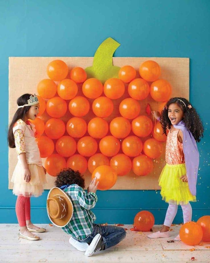 Pop Goes the pumpkin Balloon Halloween Game