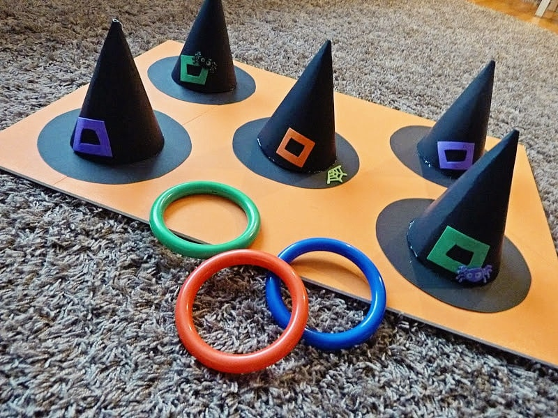 Witches Hat Ring Toss